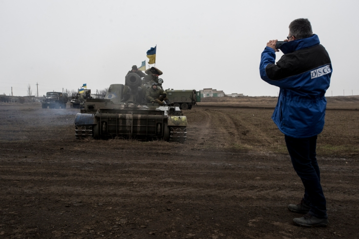 OSCE_SMM_monitoring_the_movement_of_heavy_weaponry_in_eastern_Ukraine_(16730573812)